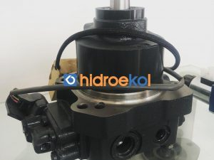 KOMATSU 708-7S-00311 Hidrolik Motor